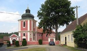 Hradek.kostel-01